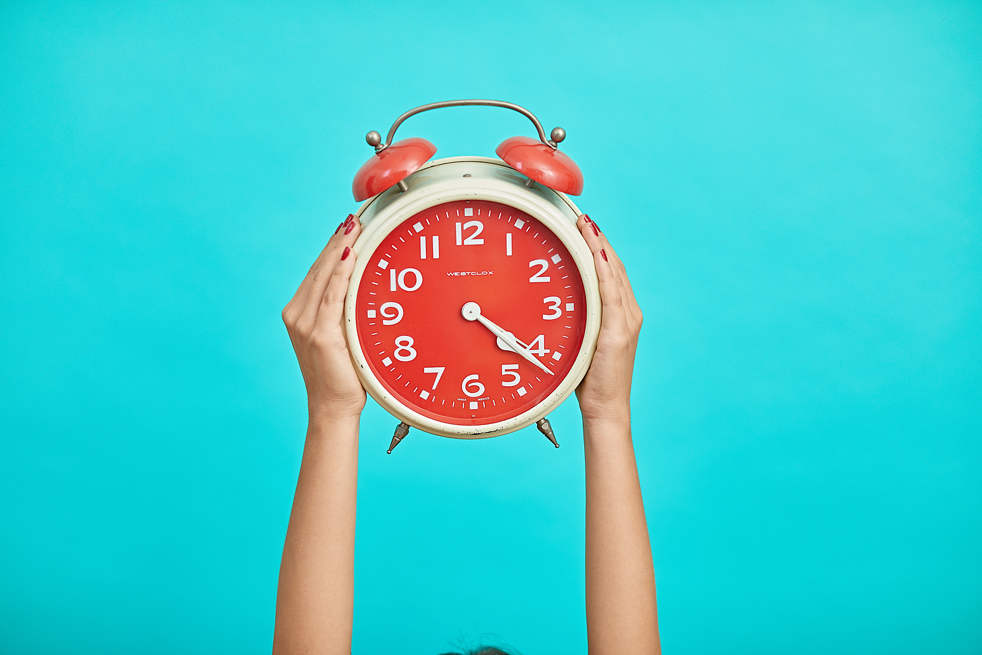 How to Deal With the Time Zone Difference in Software Development Offshoring